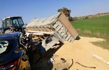 Accident entre un cotxe i un tractor a Torrefeta i Florejacs