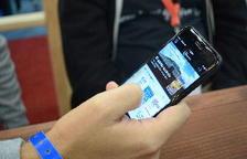 Absuelven a una madre denunciada por su hijo de 15 años por quitarle el móvil