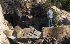 Mueren dos menores en el incendio de una cueva