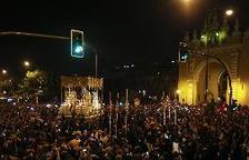 Vuit detinguts per desordres en la Madrugá de la Setmana Santa de Sevilla