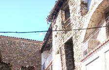 Vilaller aborda les obres per tirar la Casa Chaubell, en ruïna