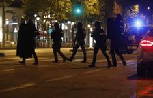 Un policia mort i dos ferits en un atemptat a París a tan sols tres dies de les eleccions
