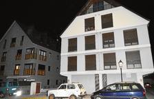 Troben el cadàver d'un home en un pis de l'avinguda Maladeta de Vielha