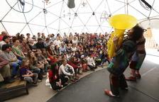Dia gran a Alcoletge del Buuuf! amb una vintena d'actuacions de pallassos