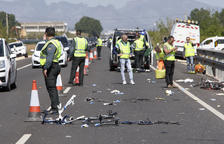 Una conductora èbria mata dos ciclistes i deixa tres ferits greus