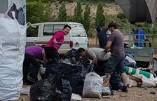 Limpian de basura espacios naturales de Algerri y Oliana