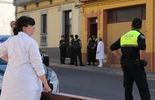 Un hombre de 52 años degüella a su padre, de 90, en su piso de Binéfar y se entrega