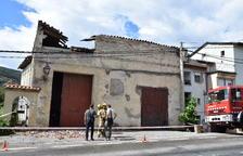 Cau part d'una teulada a Ribera d'Urgellet
