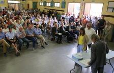 Unos 370 agricultores de Alfés reciben sus fincas reparceladas tras 10 años