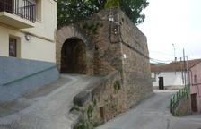 Oliana millora l'antiga muralla medieval del centre històric