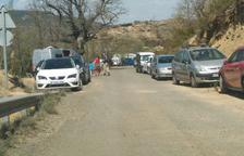 Vecinos ofrecen fincas como parking para evitar el colapso de Mont-rebei