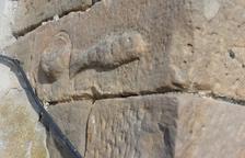 Localizan un bajorrelieve religioso en una torre medieval en Torregrossa