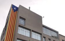 Alcarràs avala la decisió de l'alcalde de no hissar la bandera espanyola