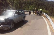 Mor el conductor d'una furgoneta en una sortida de via a la C-14 a Artesa de Segre