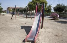 Seana renovarà un parc infantil, estrenat el 2004