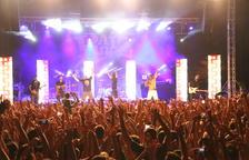 Cerca de 2.500 personas en el concierto de la Raiz en Torregrossa