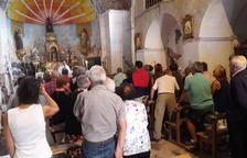 Primera missa a l'església de Vilamur en set anys