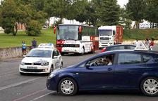 Los examinadores de tráfico dan marcha atrás y harán paros parciales