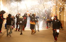 El fuego despide las fiestas en Ponent y el Pirineo