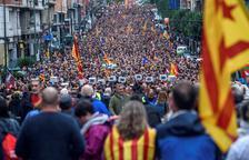 Miles de manifestantes muestran en Bilbao su apoyo al referéndum