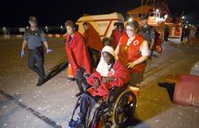 Desembarcan de una patera en Vila Joiosa nueve inmigrantes