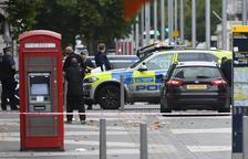 Un accidente de tráfico en Londres con varios peatones atropellados activa las alarmas
