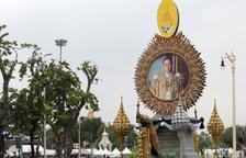 Tailandia despide al rey Bhumibol Adulyadej con una ceremonia privada