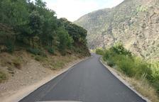 Llavorsí repara un tram de la carretera de Montenartró