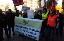 Els examinadors mantenen la vaga després de reunir-se amb la DGT