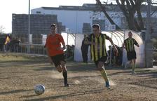 Dos gols del local Almazán decideixen el matx
