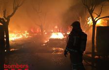 Dotze bungalous calcinats en un incendi a l'Estartit