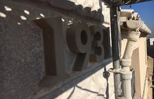 Arbeca restaura la façana del consistori modernista