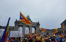 Els manifestants arriben al punt d'inici de la concentració a Brussel·les