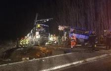 Almenys 4 morts per un xoc entre un autobús escolar i un tren a Perpinyà