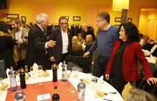 """Puigdemont anomena """"candidats de Rajoy"""" Iceta i Arrimadas en un míting amb pulles a ERC"""