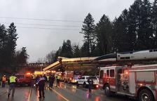 Sis morts pel descarrilament d'un tren a prop de Seattle