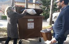 Bosses compostables per reciclar la brossa orgànica i rebaixes en els rebuts