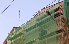 Aitona renova la façana de Sant Gaietà