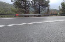 Muere un motorista andorrano de 64 años en una salida de vía en la C-14 en Bassella