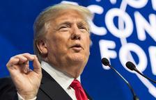 Trump obre la possibilitat a apujar els impostos als productes europeus