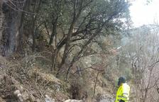 Una allau de roques trenca el canal de la central de Rialp