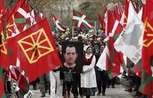 Francia acerca al País Vasco a otros tres presos de ETA