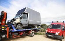 Vuelca un camión con 220 cerdos en Vilanova de Meià y otro se accidenta en Llardecans
