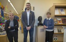 Bust de Guillem Viladot a la biblioteca amb el seu nom