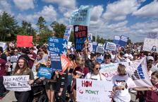 Un milió de persones reclama restringir l'accés a les armes als EUA