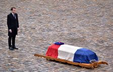 Últim adéu al gendarme mort al sud de França
