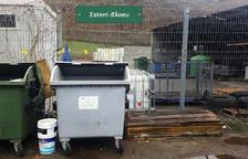 Sorpresa a Esterri d'Àneu per un taüt a la deixalleria