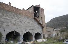 La Granja obliga a precintar edificios de las antiguas minas para evitar que los okupen