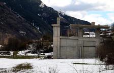 La Vall Fosca rebutja que Martinsa vengui sòl per a cases sense l'estació