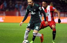 El Girona pierde en casa ante el Betis en un duelo entre aspirantes a Europa